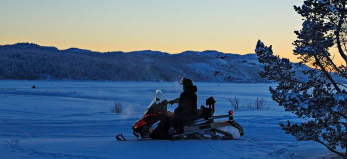 7C Snescootersafari i Kirkenes - Ruby Rejser