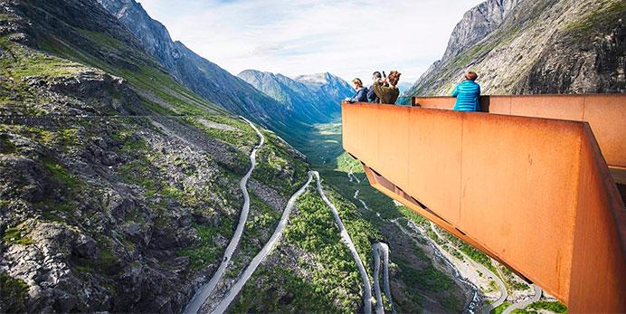 2I Hjørundfjorden, Geiranger og Trollstigen-passagen