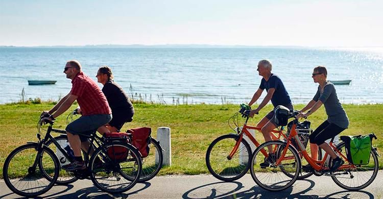 Cyklister ved havet