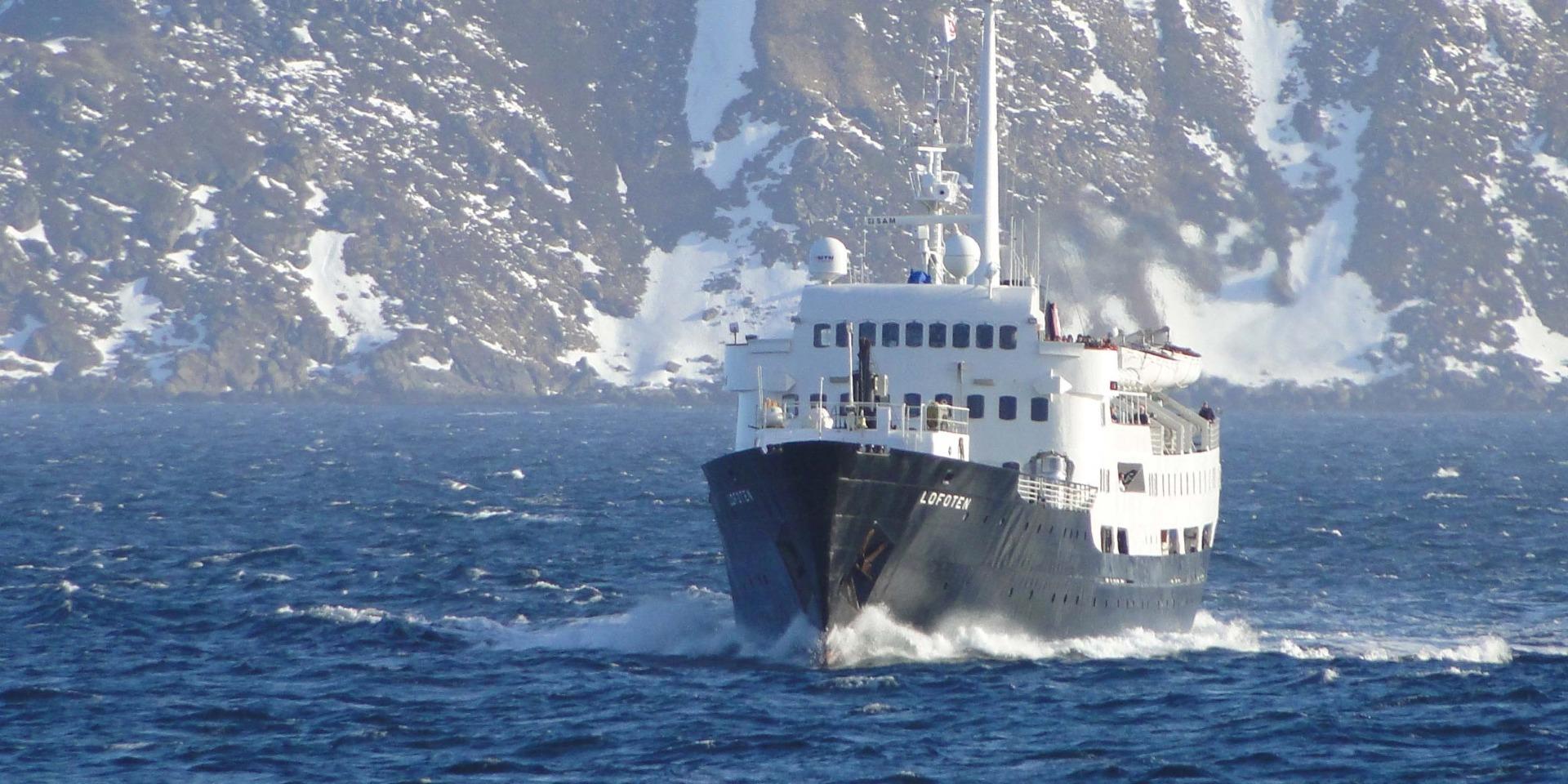 M/S Lofoten - Hurtigruten - Ruby Rejser