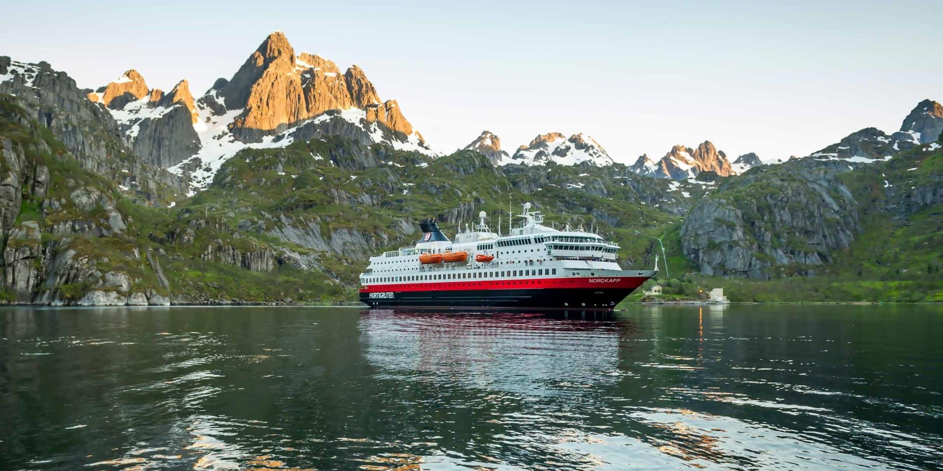 M/S Nordkapp - Hurtigruten - Ruby Rejser