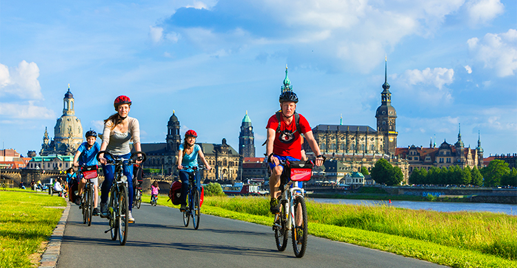 Cykling langs Elben