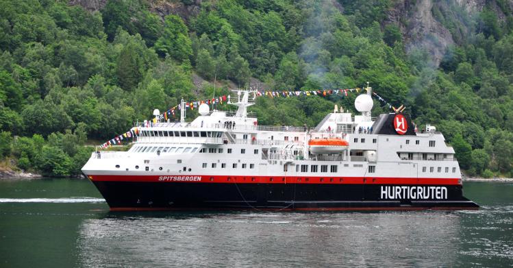 Spitsbergen Hurtigruten - Ruby Rejser