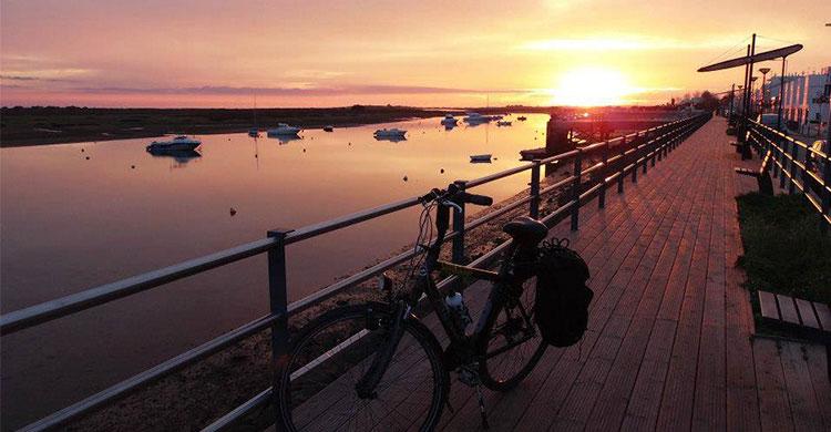 Algarve kysten solnedgang