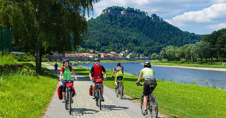 Tyskland: Cyklister langs Elben