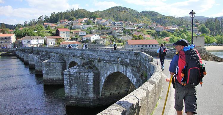 Vandrere på bro